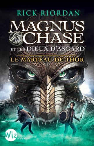 """Afficher """"Magnus Chase et les dieux d'Asgard - tome 2"""""""